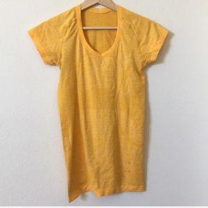 { Lululemon } swiftly tee shirt top
